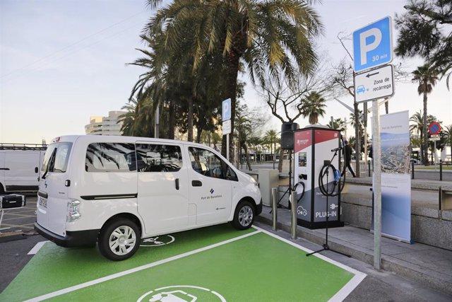 El port ha renovat la seva flota de vehicles amb cotxes i motos 100% elèctrics