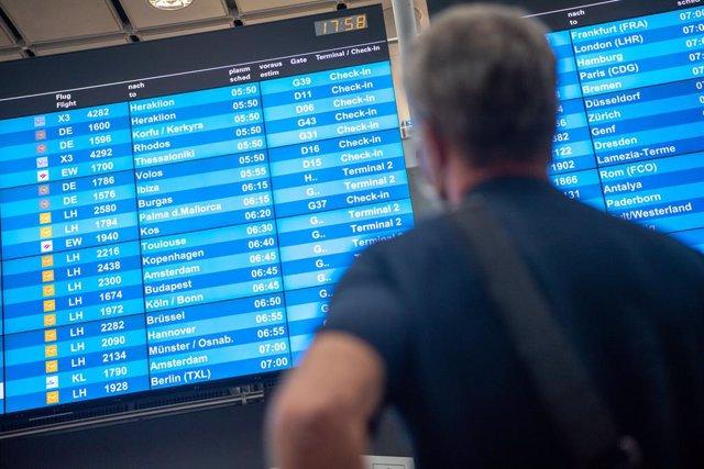 Coronavirus.- Alemania plantea sustituir las pruebas de coronavirus a los viajer