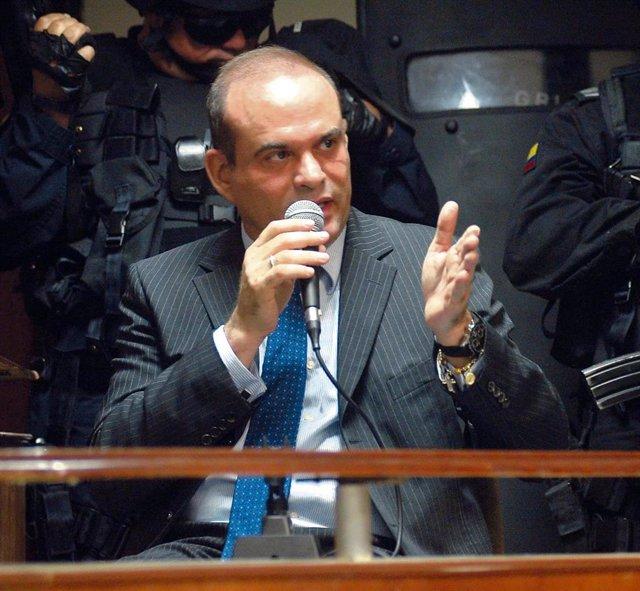 El exparamilitar colombiano Salvatore Mancuso durante una audiencia judicial.