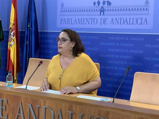 La portavoz adjunta del grupo parlamentario Adelante Andalucía, Ángela Aguilera