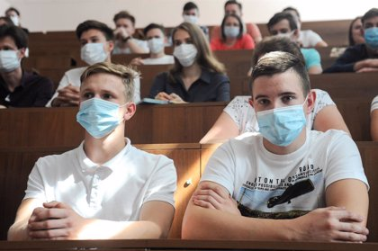Coronavirus.- Rusia rebasa los 975.000 casos tras sumar 4.700 más el último día