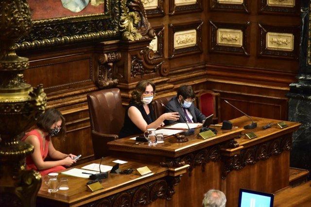 L'alcaldessa Ada Colau, en el ple sobre la monarquia de l'Ajuntament de Barcelona