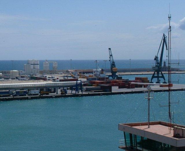 Imagen de archivo del puerto de Melilla