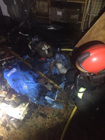 Bomberos de la DPT sofocan un incendio en una vivienda habitada de Rubielos de Mora
