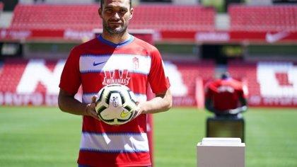 Fútbol.- Jorge Molina da positivo por Covid-19