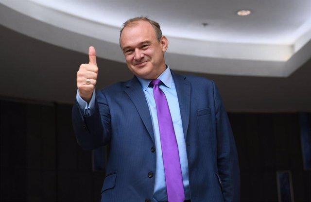 R.Unido.- Los liberaldemócratas británicos eligen al diputado Ed Davey como nuev