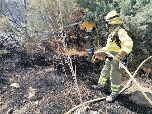 Efectivos del Plan Infomur dan por controlado un incendio declarado en el paraje del Hinojar, en Lorca