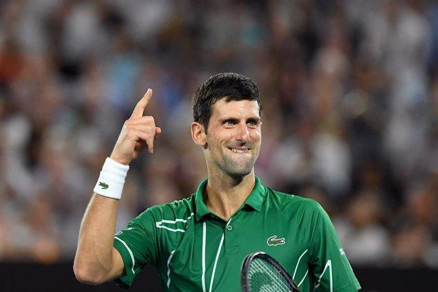Tenis/US Open.- Djokovic conoce su camino sin Federer ni Nadal en el US Open del