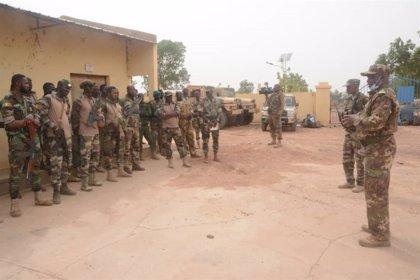 """Malí.- El Ejército de Malí dice haber """"neutralizado"""" a una veintena de supuestos terroristas tras una emboscada"""