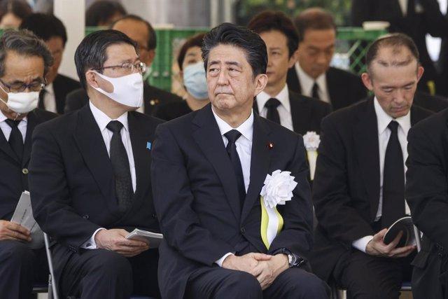 Japón.- Abe anuncia su dimisión como primer ministro de Japón por sus problemas