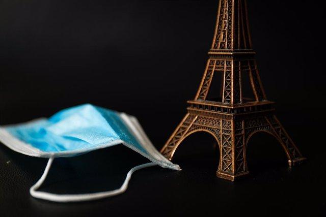 Francia.- París perdió más de 14 millones de turistas en el primer semestre por
