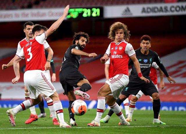 Fútbol.- (Previa) Liverpool y Arsenal inauguran la nueva temporada en Inglaterra