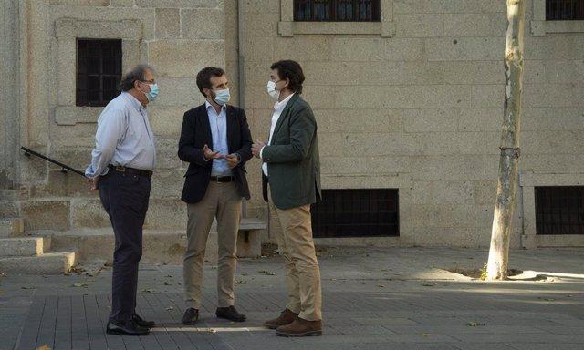El expresidente de la Junta de Castilla y León, Juan Vicente Herrera; el presidente del PP, Pablo Casado, y el actual presidente de la Junta, Alfonso Fernández Mañueco.