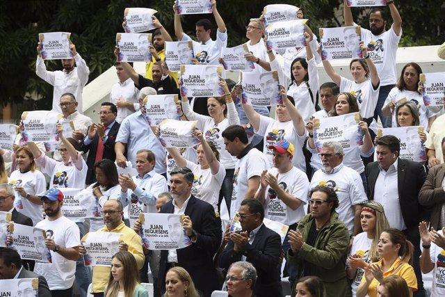 Manifestación a favor de la liberación del diputado venezolano Juan Requesens en Caracas.