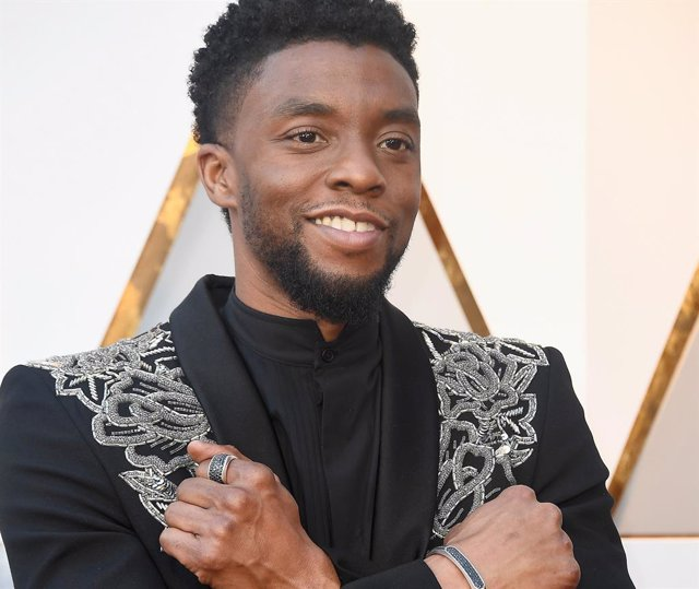 Chadwick Boseman attends the 90th Annual Academy Awards at Hollywood (Photo by Frazer Harrison/Getty Images)