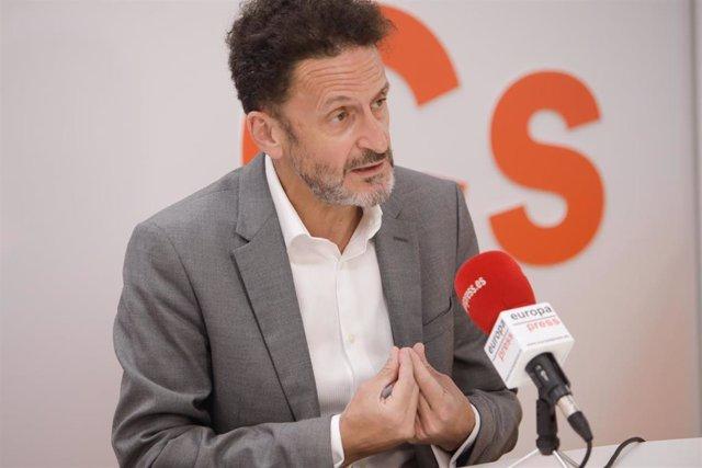 El portavoz de Ciudadanos en el Congreso, Edmundo Bal, interviene en la sede del partido en la capital durante una entrevista a Europa Press. En Madrid, (España),
