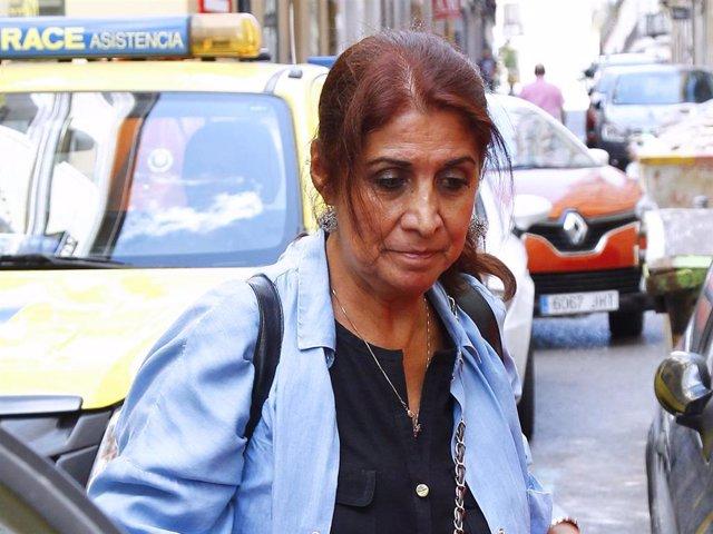Lourdes Ornelas, en una imagen de archivo por las calles de la capital