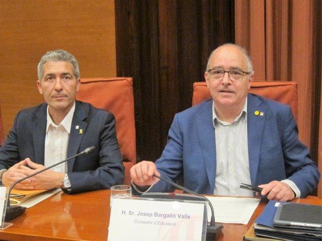El director general de centres públics de la Generalitat, Josep Gonzàlez-Cambray, i el conseller d'Educació, Josep Bargalló.