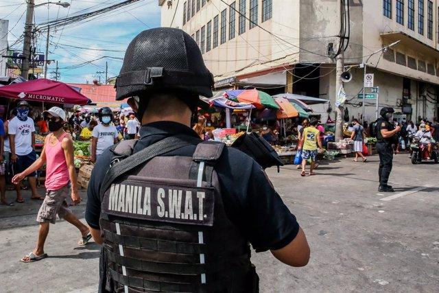 Filipinas.- El presidente filipino promete perseguir a los responsables del dobl