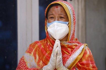 VÍDEO: Coronavirus.- La pandemia de coronavirus deja más de 25,2 millones de casos, con EEUU al borde de los 6 millones