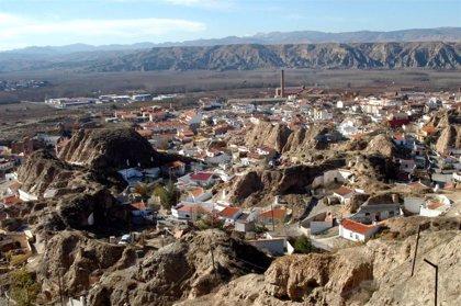 Trabajadores de una residencia de Benalúa (Granada) se confinan con los mayores tras 12 positivos