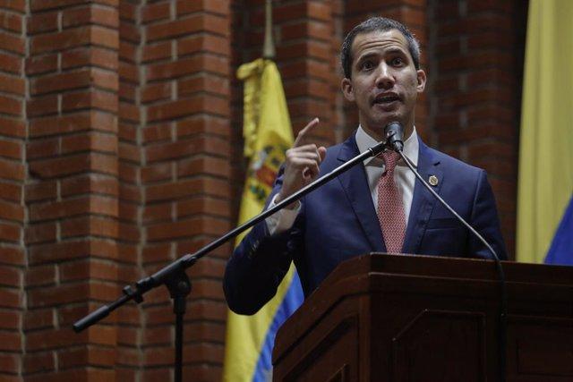 """Venezuela.- Guaidó avisa de que la desunión de la oposición venezolana """"solo ben"""