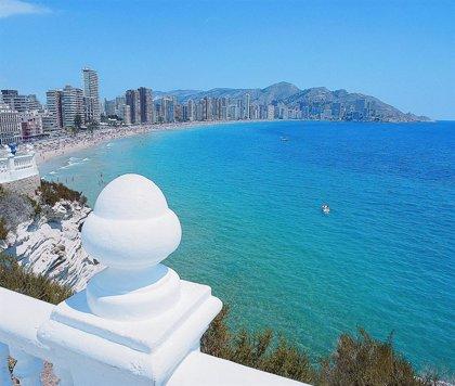 La Comunitat Valenciana, líder en pernoctaciones en apartamentos turísticos en julio