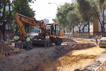 Horizonte.-Emasesa ha ejecutado más del 60% de las obras de sustitución de los colectores en Ronda de Tejares