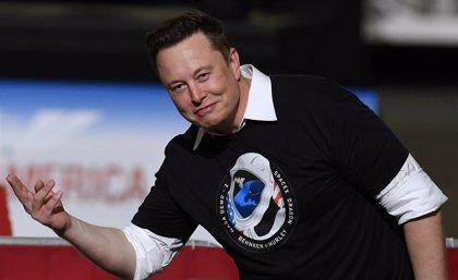 Musk supera a Zuckerberg y ya es la tercera persona más rica del mundo gracias al alza de Tesla