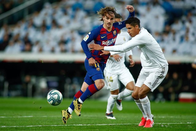 AMP.- Fútbol/Primera.- El primer 'Clásico' se disputará el 25 de octubre en el C