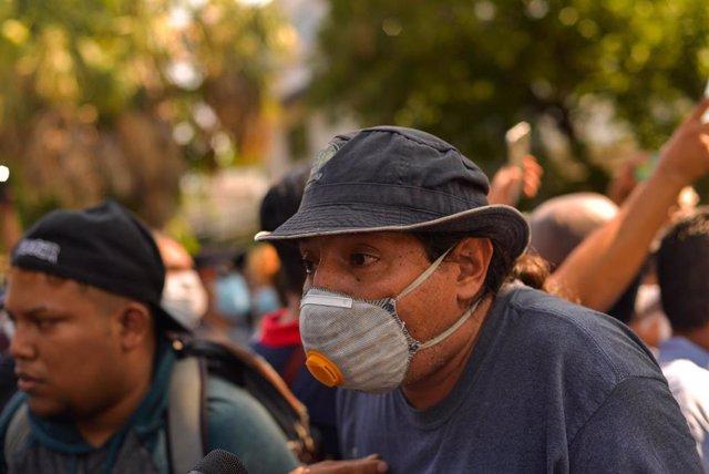 Imagen de archivo de una concentración en San Salvador, El Salvador.