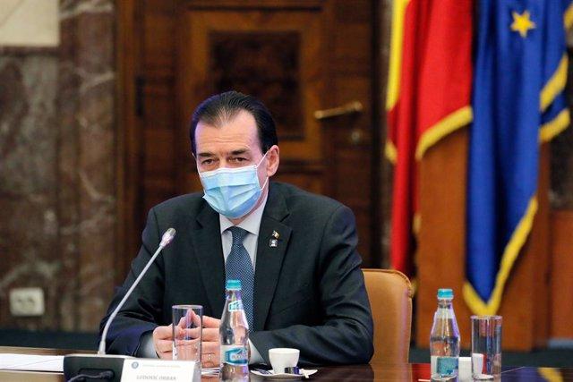 Rumanía.- El Gobierno conservador de Rumanía evita la moción de censura debido a
