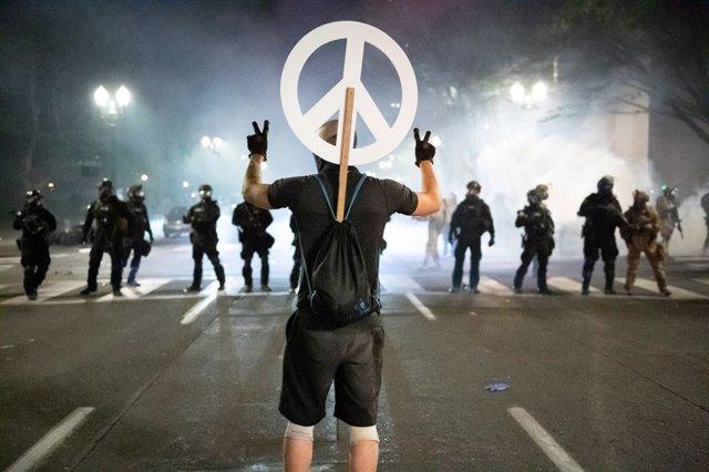 Manifestación contra el racismo y la violencia policial en Portland