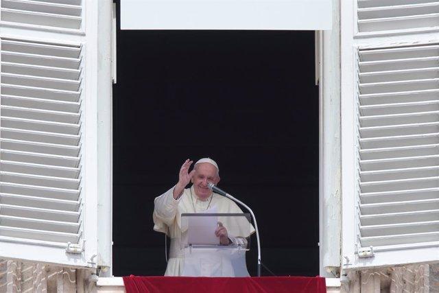 """El Papa denuncia el """"saqueo"""" ecológico del sur del planeta e insta a los países"""