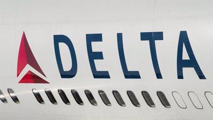 La aerolínea Delta elimina las tasas de cambio de billetes