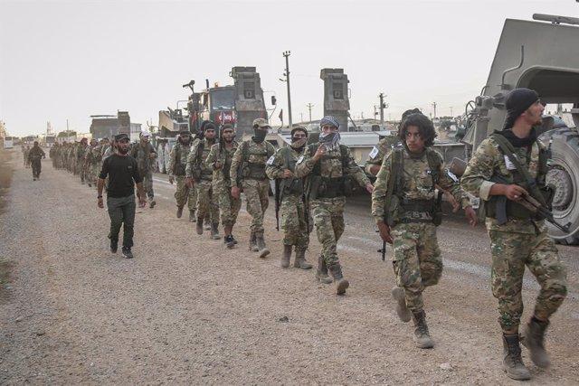 Soldats turcs a la frontera amb Síria