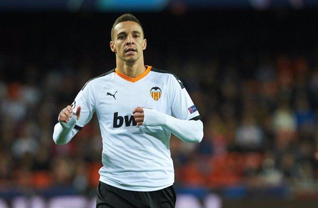 """Fútbol.- Rodrigo: """"Me da pena ver la desconexión que existe entre el Valencia y"""