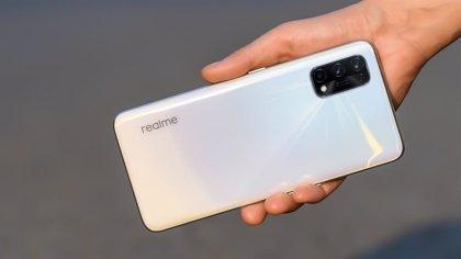 Portaltic.-Realme X7 Pro, un gama media alta con Dimensity 1000+, carga rápida de 65W y pantalla de 120Hz