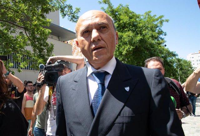 Fútbol.- José María del Nido solicita la convocatoria de una Junta General Extra