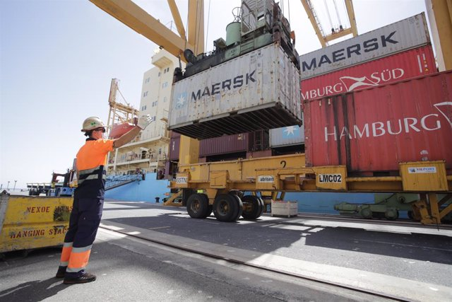 Dinamarca.- Maersk reestructura varias filiales, lo que afectará a 27.000 trabaj