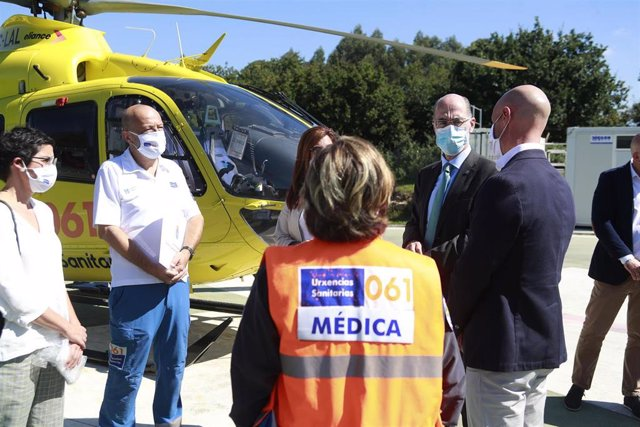 El servicio de helicópteros medicalizados de Galicia cumple 30 años.