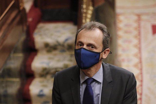 El ministro de Ciencia e Innovación, Pedro Duque, durante la penúltima sesión plenaria en el Congreso de los Diputados antes del paréntesis estival, en Madrid (España), a 22 de julio de 2020. El pleno, aborda, entre otros temas, las medidas de emergencia