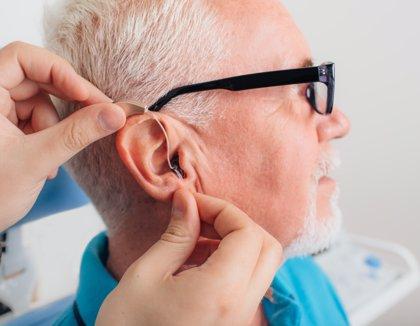 Más del 50% de españoles con discapacidad auditiva dice que los audífonos aumentan su posibilidad de lograr un ascenso