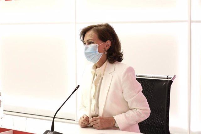 La vicepresidenta primera del Gobierno, Carmen Calvo, durante la reunión semipresencial con los miembros de la Comisión Ejecutiva Federal del PSOE.