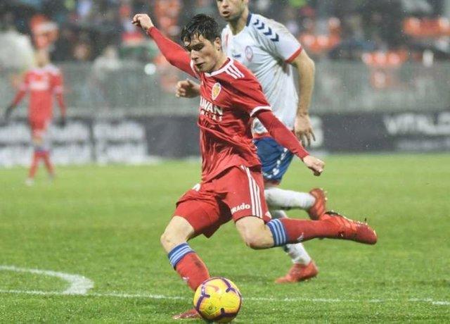 Fútbol.- El Real Madrid traspasa al Granada al delantero Alberto Soro