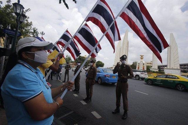 Tailandia.- Dimite el ministro de Finanzas de Tailandia 26 días después de asumi