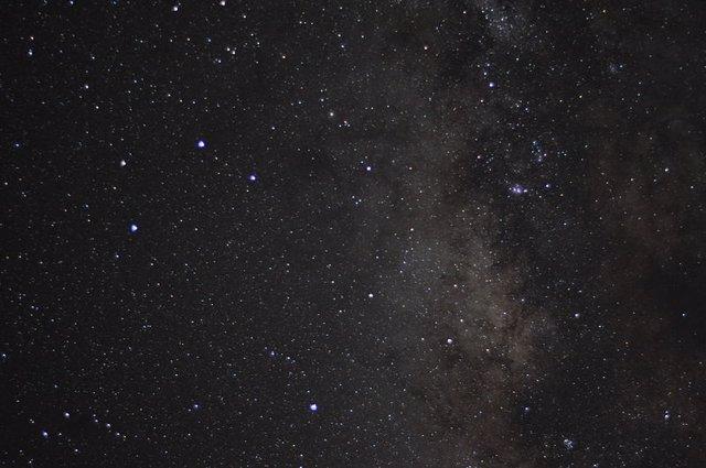 Explicación a extraños cambios de luz en la constelación de Sagitario