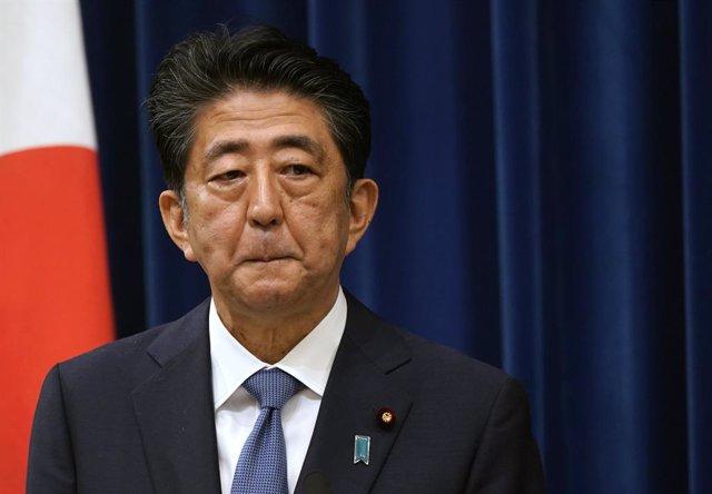 Japón.- El partido de Abe elegirá a su sucesor el 14 de septiembre con Suga como