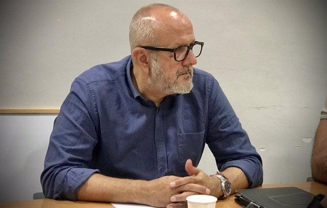 MÉS censura el apoyo de expresidentes del Gobierno central al exministro Rodolfo