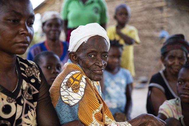 Coronavirus.- Los desplazados por la violencia en el norte de Mozambique, amenaz
